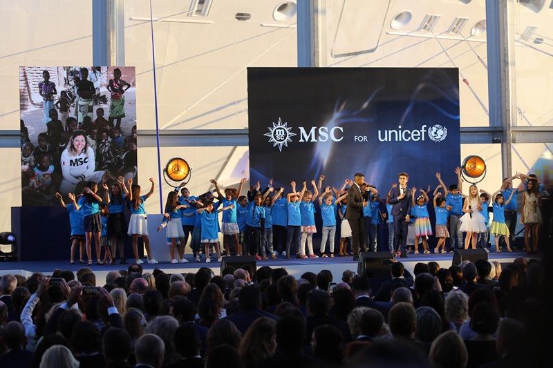 """MSC, """"Dünyanın 8. harikası""""nı denize indirdi galerisi resim 1"""