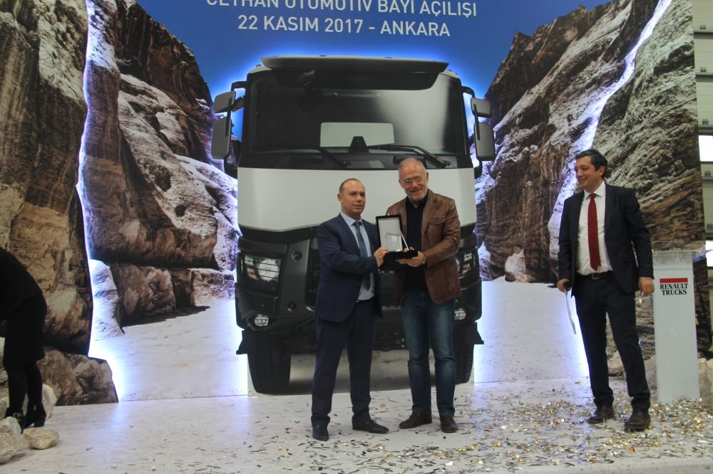 Ceyhan Otomotiv açılışı yaptı, 13 araç sattı galerisi resim 24