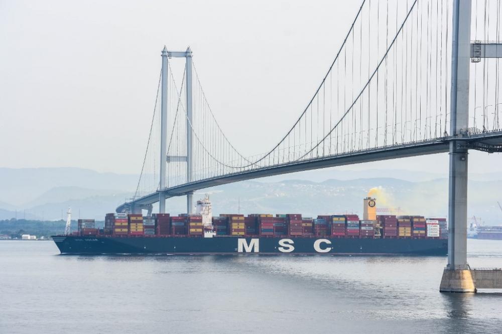 Dünyanın en büyüğü MSC Oscar Asyaport yolunda galerisi resim 6