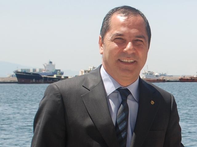 """""""İzmir'i limanlar şehri, Ege'yi lojistik merkez görüyoruz"""""""