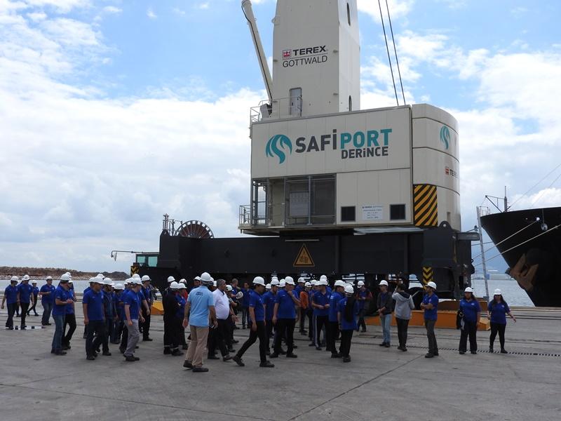 Denizci öğrenciler Safiport Derince'yi ziyaret etti