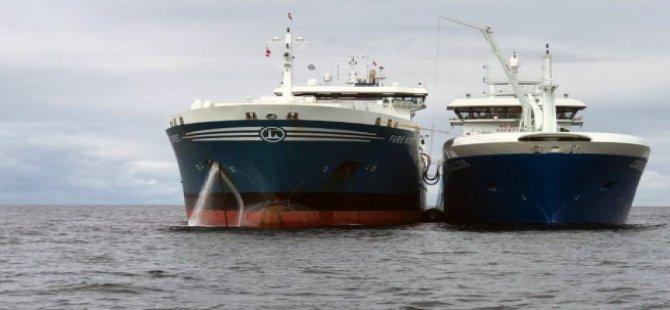 Gemiden gemiye ilk LNG yakıt ikmali gerçekleşti