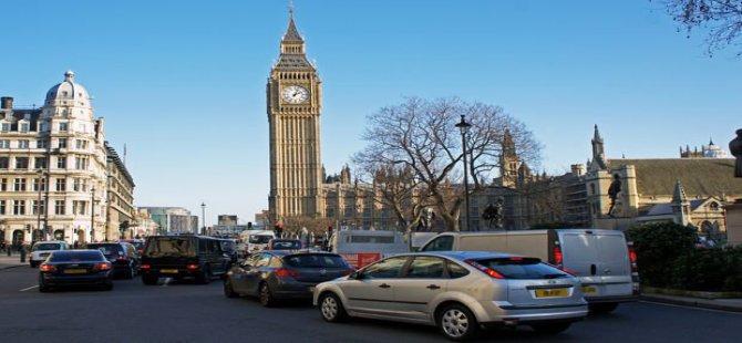 Londra'da şehir trafiğine çıkmak 120 lira