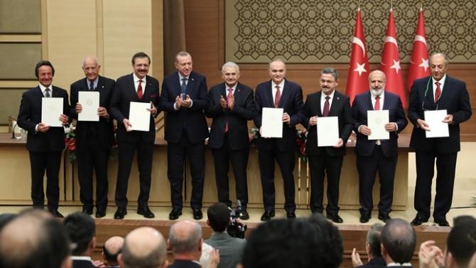 İşte babayiğitler: İlk otoyu Erdoğan alacak