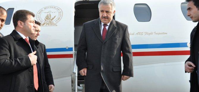Bakan Arslan'dan 'Sivil Havacılık' Mesajı