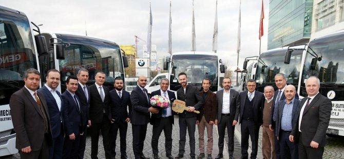 Anadolu Isuzu'dan 4 şehirde 25 araç teslimatı