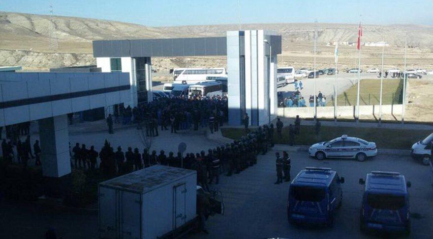 Sumitomo'da grev: Jandarma kapıda