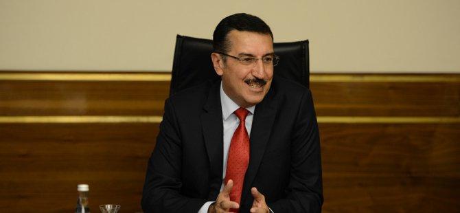 Türkiye D8 Ülkeleriyle İthalat ve İhracatı Ne Kadar?