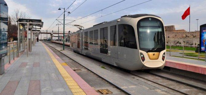 Esenboğa Havalimanına metro talebi