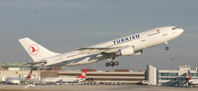 THY'den Mesut Yılmaz için 47 yolcuya özür mili