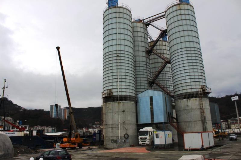 Hopaport, çimento terminalini hizmete açtı
