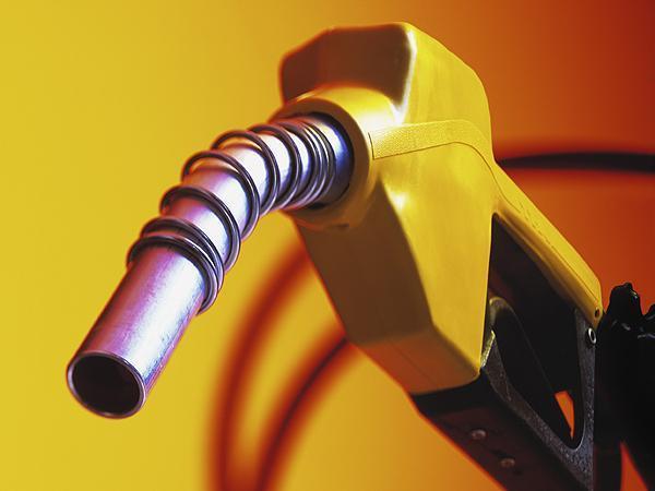 Kaçak yakıt satan istasyonun lisansı askıya alınacak