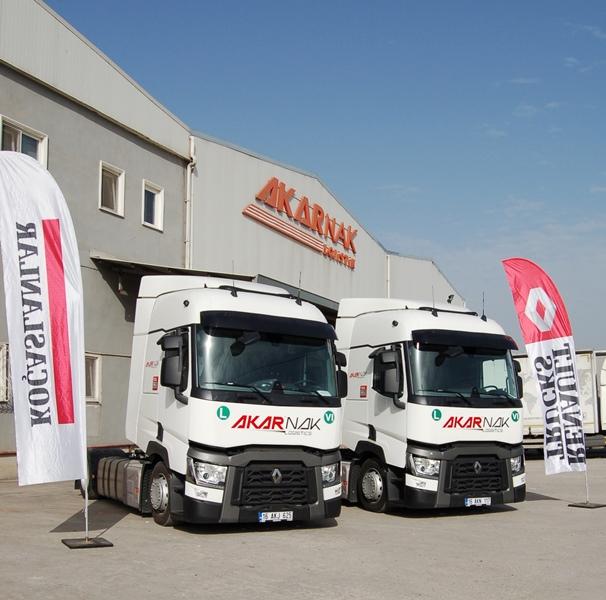 Akarnak, yeni Renault Trucks'larını yurtdışı taşımalarında kullanacak