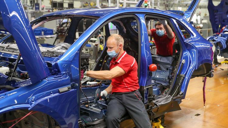 Dünya otomotiv devleri çip krizine girdi