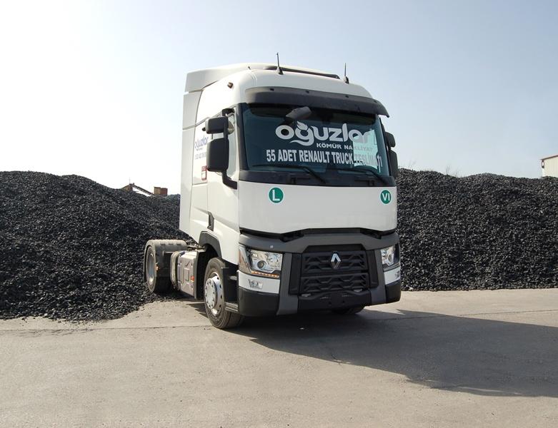 Oğuzlar Kömür Nakliyat filoyu Renault çekicilerle donatıyor