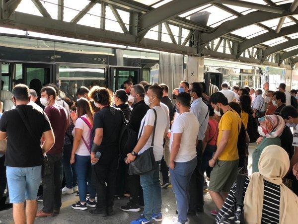 İstanbul'da toplu taşıma yasağında değişiklik