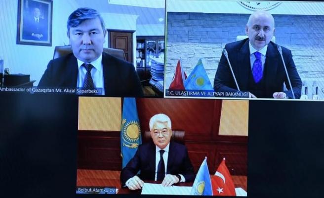 Kazakistan, 3 bin transit geçiş belgesi daha verecek