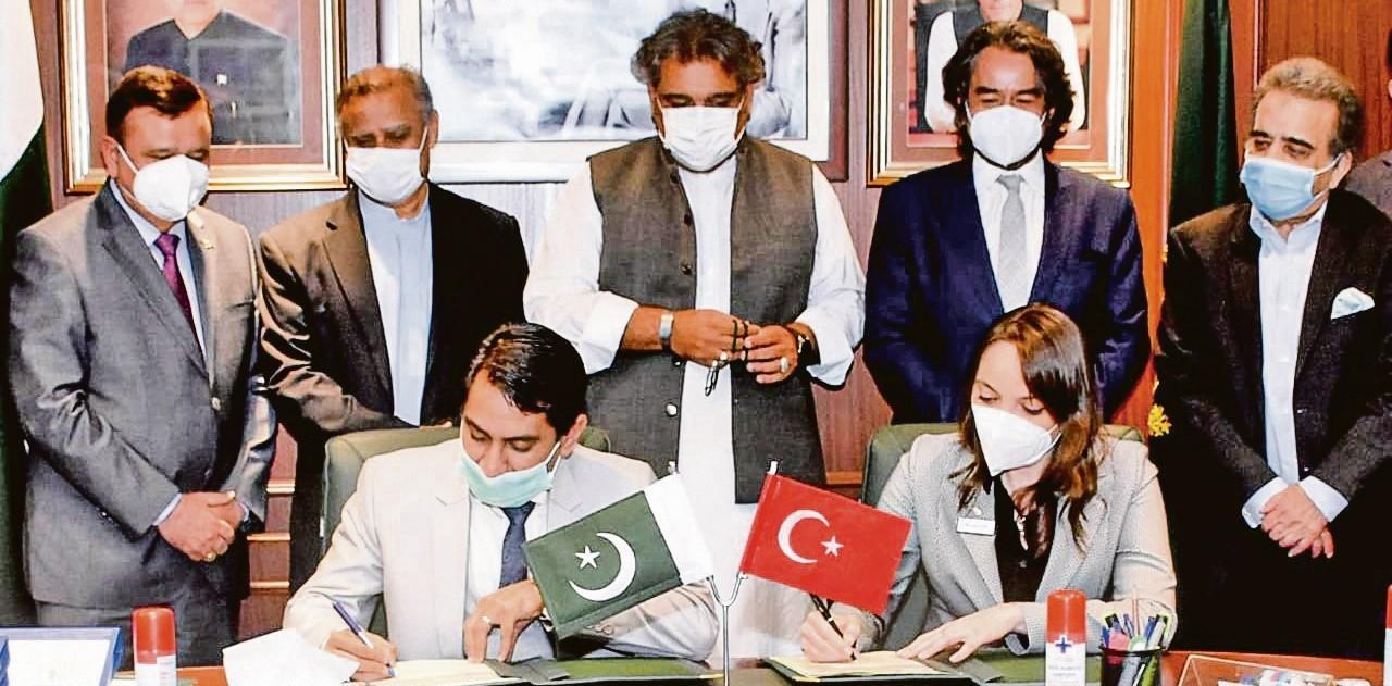 Sanmar, Pakistan'a 6 gemi inşa edecek