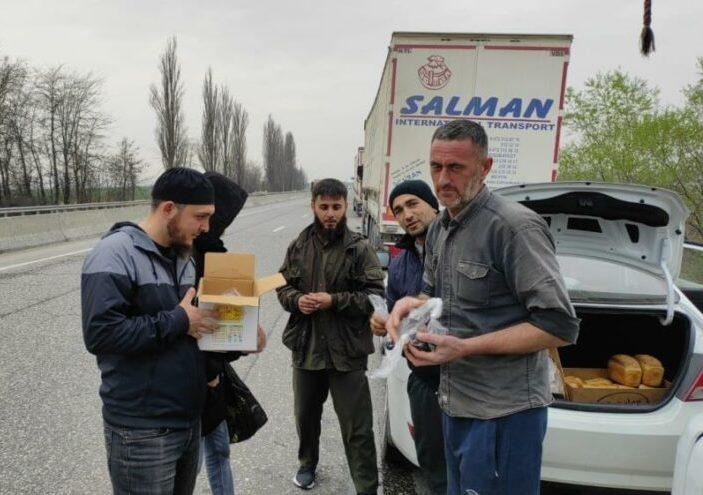Nakliyecinin çilesi: Azerbaycan ek ücret alıyor, Rusya bekletiyor