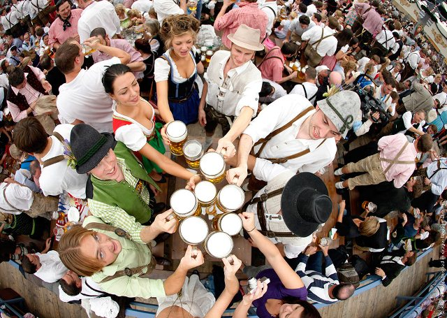 Alman turizmcilerden 'bize gelin' daveti
