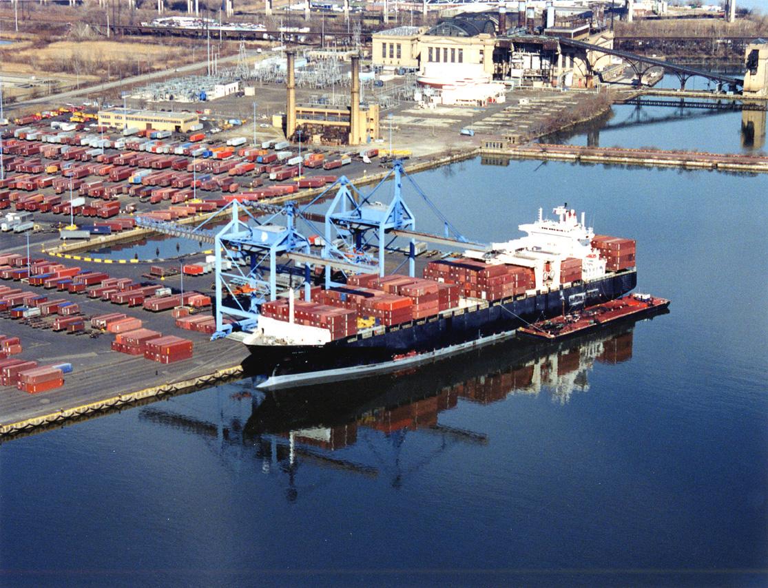 Rumlar limanlarda terör alarmı verdi