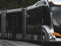 Bu metrobüs 3 kabinli ve 290 kişi kapasiteli