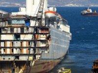 Eski cruise gemilerinin son durağı yine Aliağa