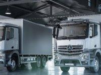 Mercedes'in kamyon ürün grubu yeniliklerle podyuma çıkıyor