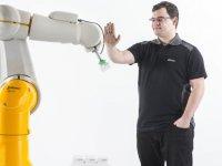 Stäublı üç yeni tx2 robotunu piyasaya sunuyor