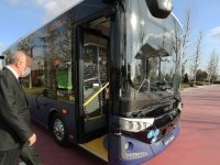 Karsan'ın ilk seri üretim sürücüsüz otobüsü Külliye'de