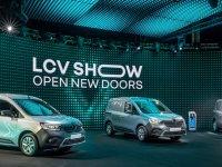 Renault yeni hafif ticari araç modellerini tanıttı