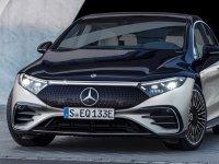 Mercedes'in ilk elektrikli lüks otosu EQS podyuma çıktı