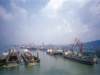 Chinese Shipyards Vying to Enter LNG Market