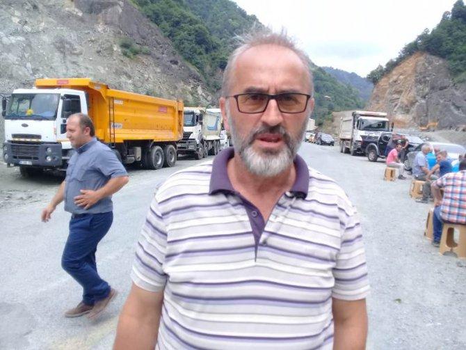 arhavili-kamyoncular-protesto-(6).jpg