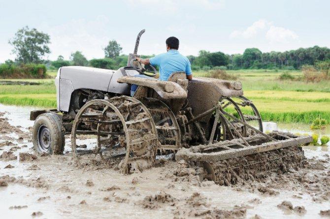 bosch-rexroth-traktor.jpg