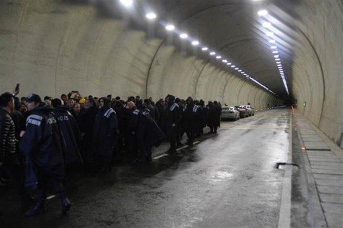 cankurtaran-tuneli3.jpg