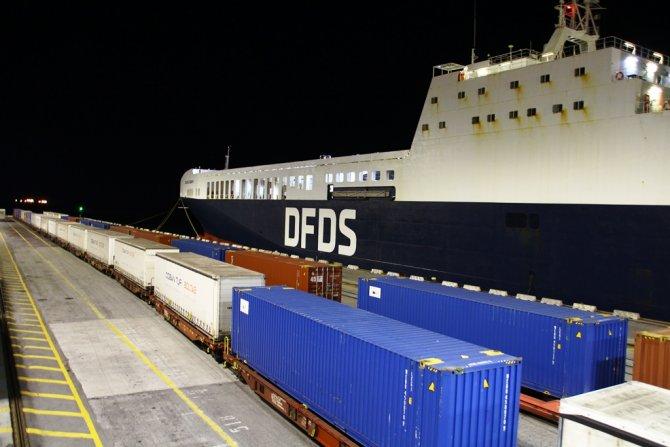 dfds-cobantur-intermodal.jpg