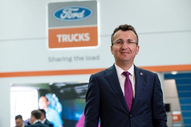 ford-trucks-gmy-serhan-turfan-001.jpg