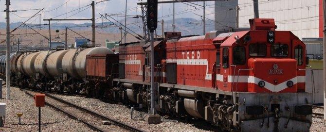 gunturk-tren-001.jpg