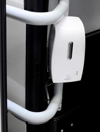 mercedes-benz-sensorlu-dezenfektan-dispenseri.jpg