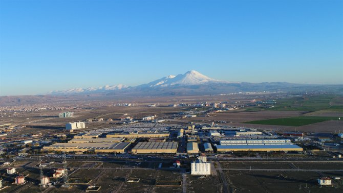 mercedes-benz-turk-aksaray-kamyon-fabrikasi-(1).png
