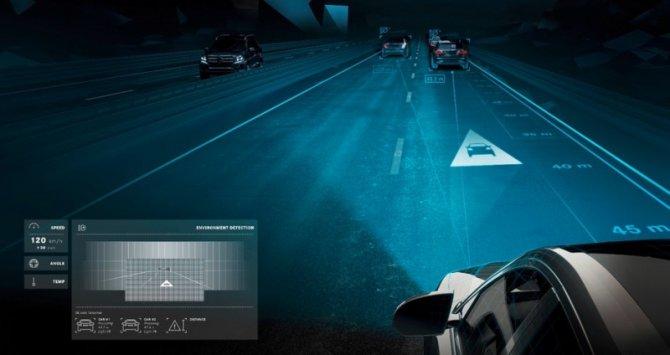 mercedes-digital-light.jpg