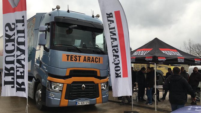 renault-trucks_road-show_gorsel-4-001.jpg