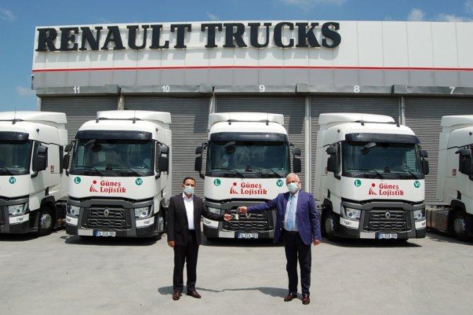 renault_trucks_gu__nes___lojistik_teslimat_go__rseli_2.jpg