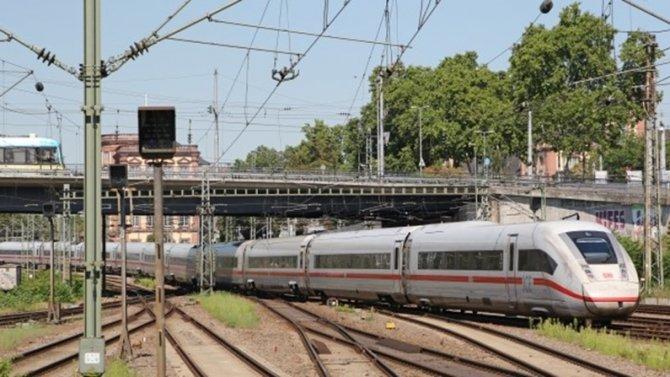tren-gunturk2.png