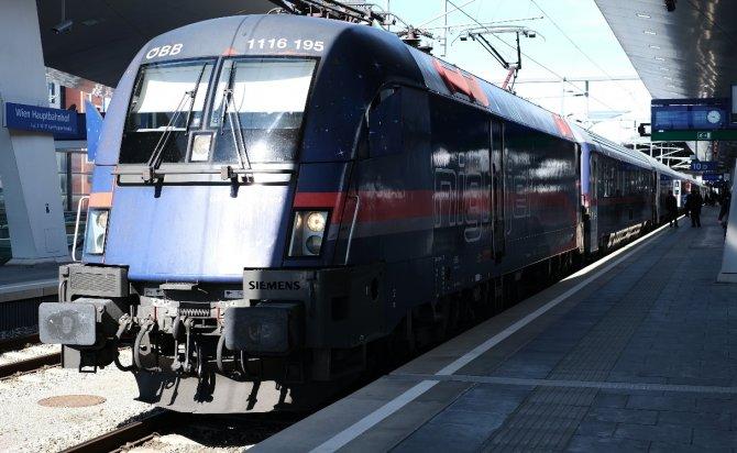 tren2-001.jpg