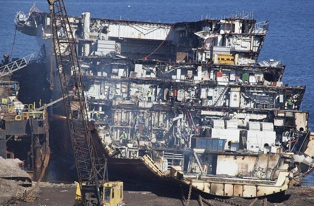 ucak-gemisi-leyal3.jpg