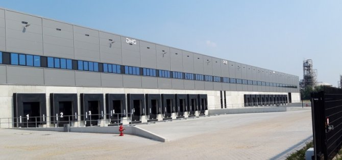 warehouse-rotterdam---picture-1.jpg
