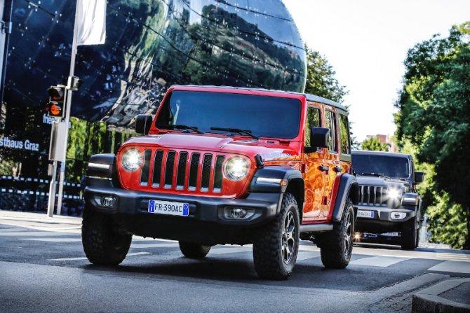 yeni_jeep_wrangler_rubicon_1.jpg