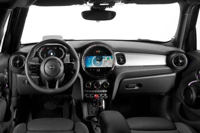 yeni_mini_hatchback_kabin.jpg